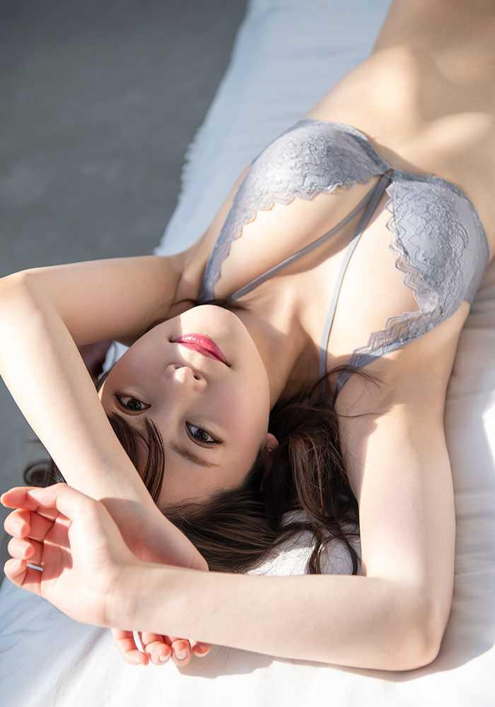 Gカップ美女 希代あみ エロ画像 9