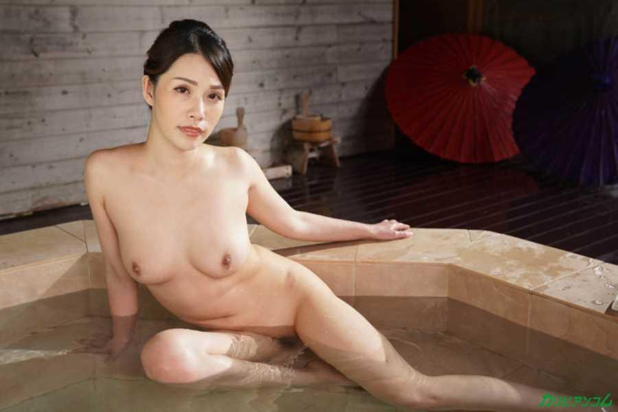 上山奈々 無修正セックス画像 32