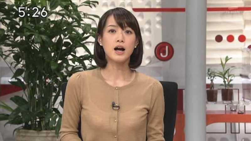 テレビの透け下着エロ画像 6