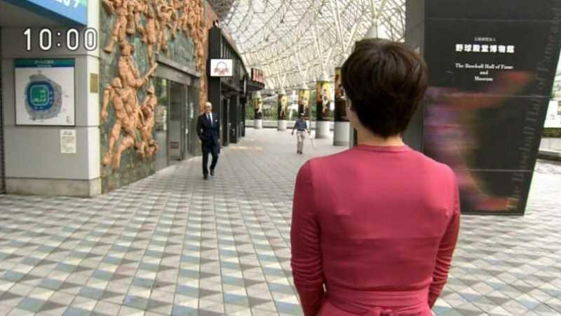 テレビの透け下着エロ画像 23