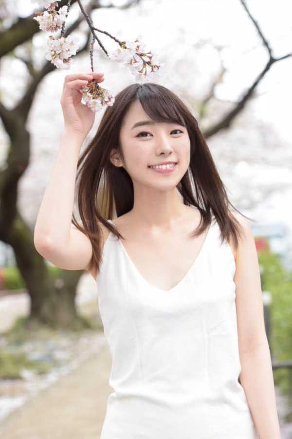 22歳の処女 本田さとみ エロ画像 1