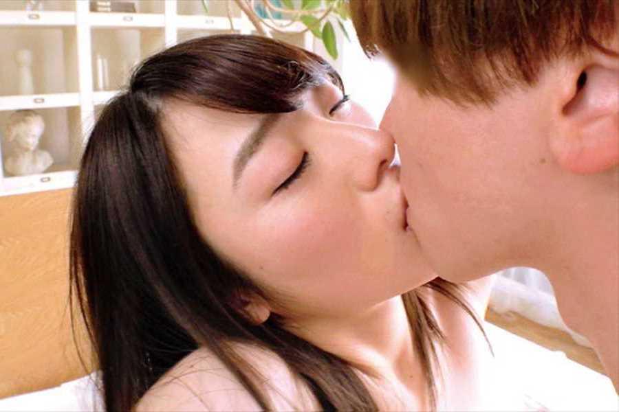 22歳の処女 本田さとみ エロ画像 5
