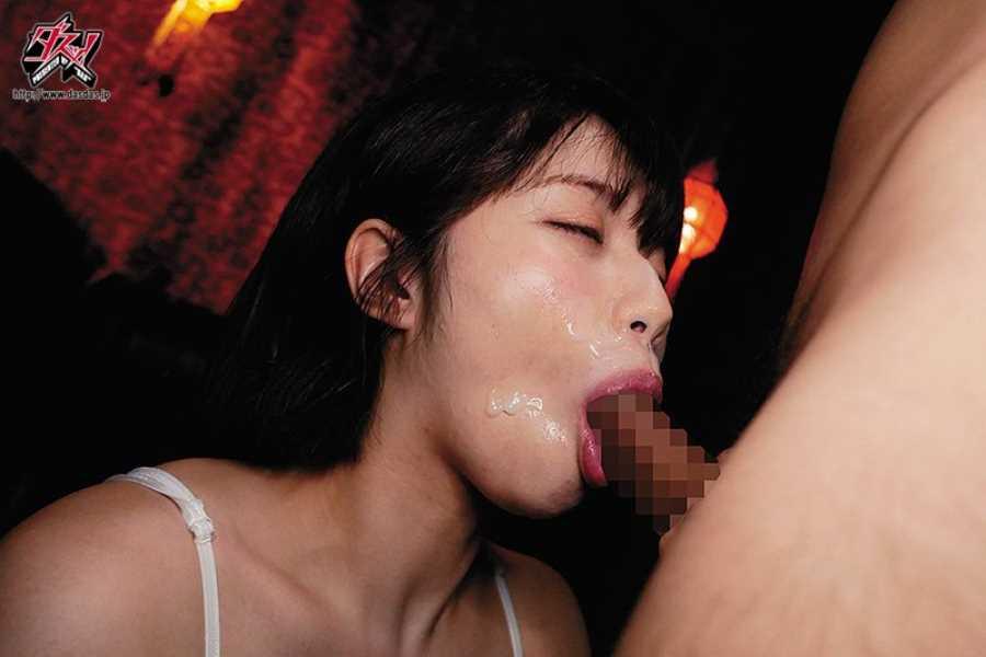 肉食系女子のフェラチオ画像 11