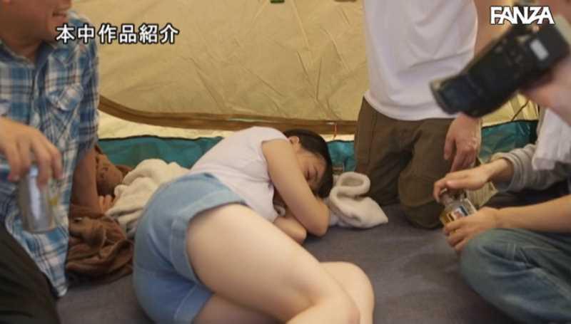 キャンプの輪姦セックス画像 21