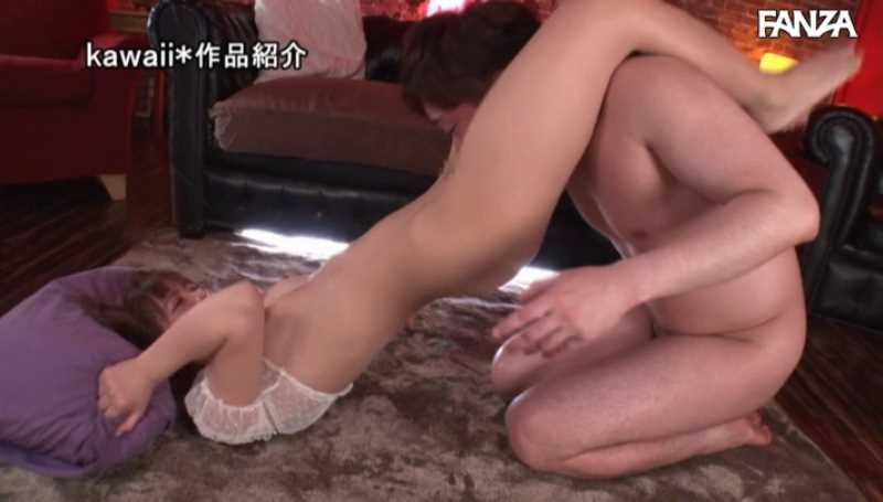 精液垂れ流しの騎乗位セックス画像 28