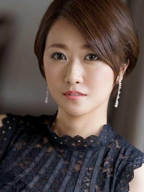 専業主婦 瀬戸奈々子 エロ画像 1