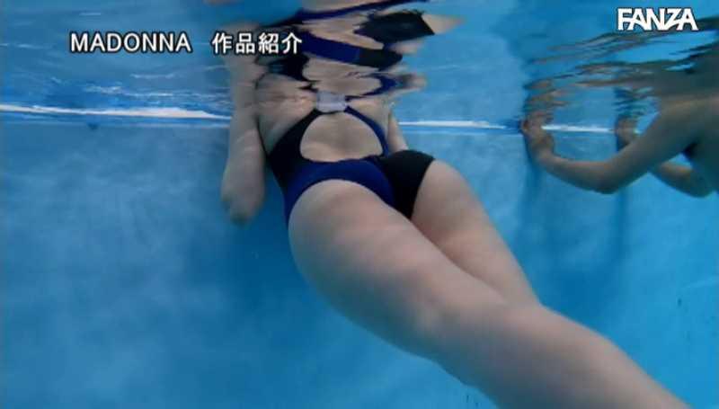 水泳教室の不貞妻セックス画像 18