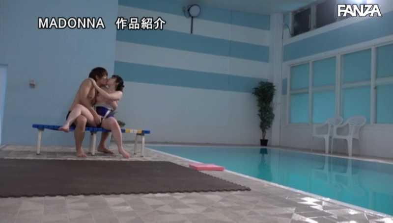水泳教室の不貞妻セックス画像 38
