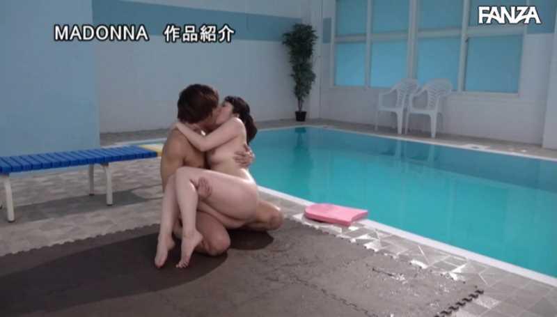 水泳教室の不貞妻セックス画像 46