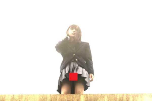 齋藤飛鳥 制服 パンチラ エロ画像 2