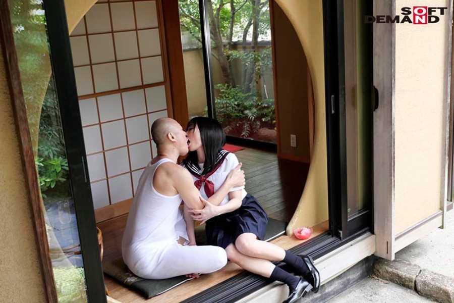 制服美少女 武田エレナ エロ画像 13