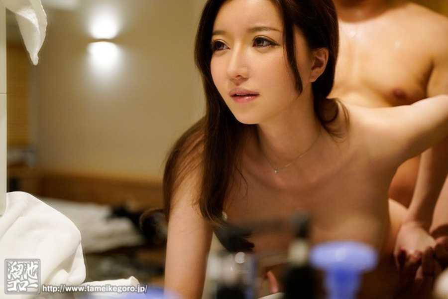 美人ハーフ妻 羽咲美亜 エロ画像 3