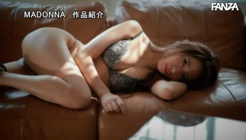 元キャビンアテンダント 春明潤 エロ画像 29