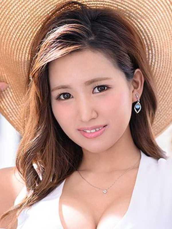 鎌倉の美人妻 青木珠菜 エロ画像 1