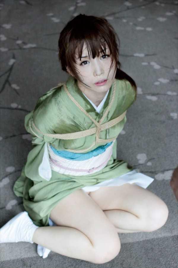 着物や浴衣の緊縛エロ画像 34