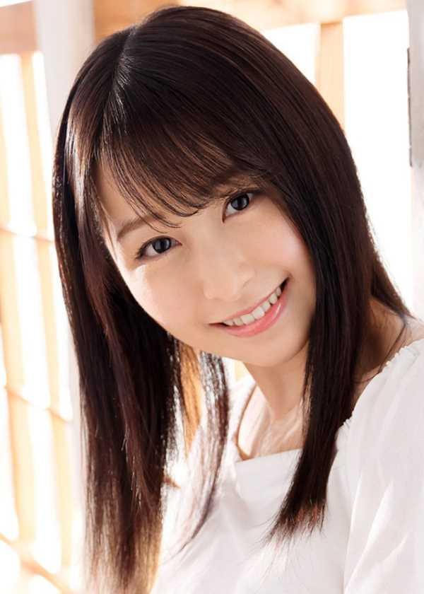 元女子アナウンサー 成田つむぎ エロ画像 1