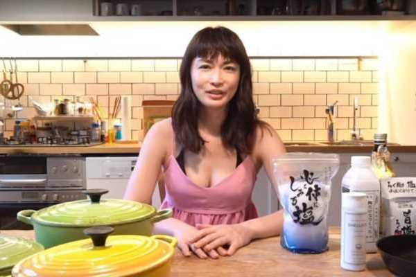 長谷川京子 乳首ビンビン おっぱい エロ画像 1