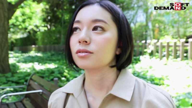 スレンダー美人妻 平井栞奈 エロ画像 3