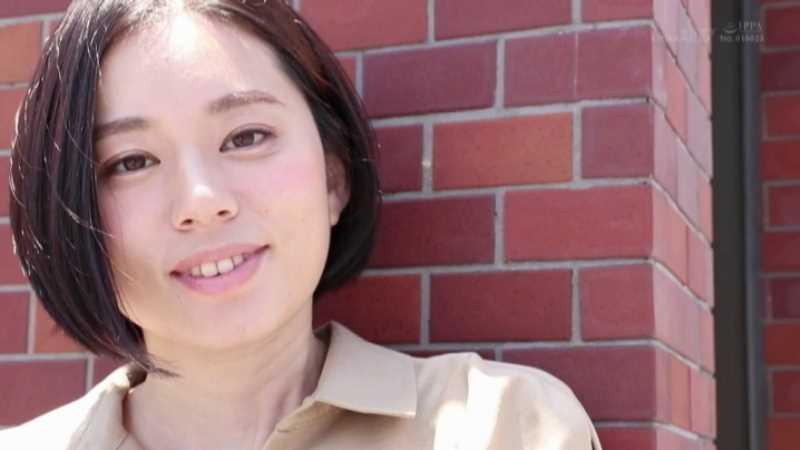 スレンダー美人妻 平井栞奈 エロ画像 24