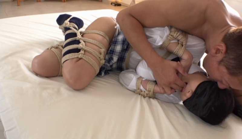 女子高生の緊縛レイプ画像 26