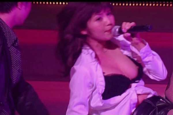 アイドル ハプニング コンサート エロ画像 2