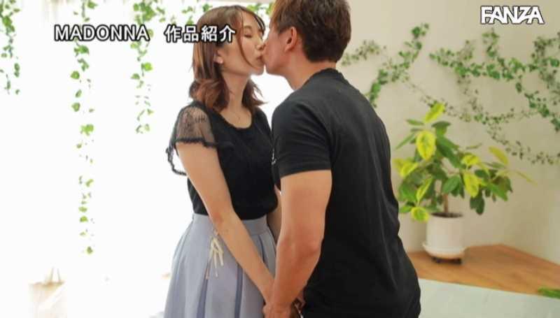 ピンク乳首の人妻 広瀬梓 エロ画像 19