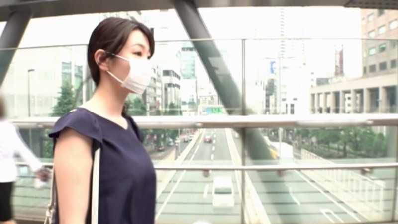 人妻介護士 坂井千晴 エロ画像 27