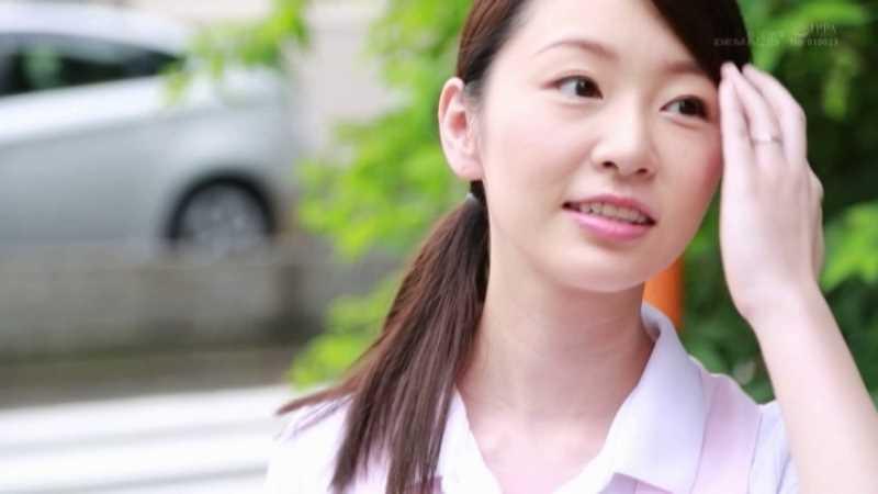 人妻介護士 坂井千晴 エロ画像 40