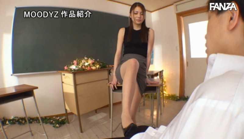 クォーター美人教師 麻生マーガレット奈々美 エロ画像 31