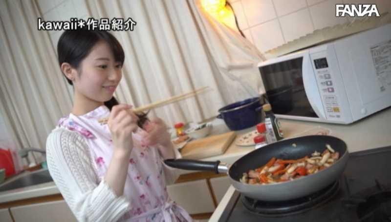 エッチな女子大生 吉野里奈 エロ画像 32