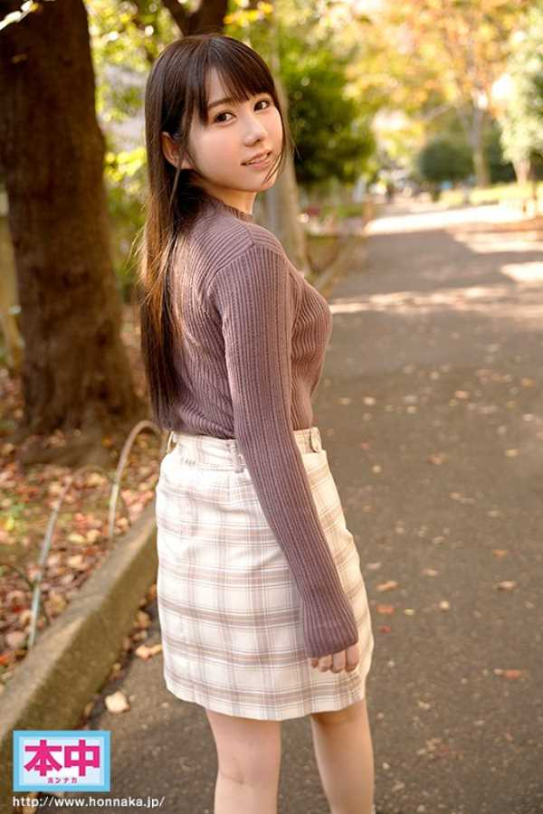 ロリカワ女子大生 愛花あゆみ エロ画像 3