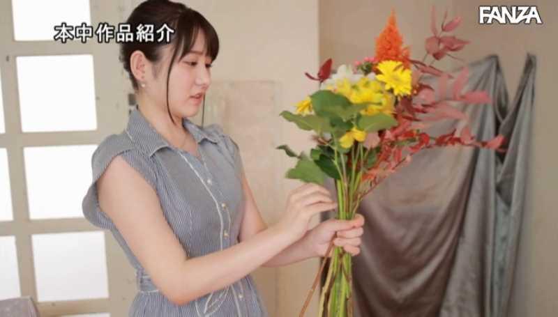 ロリカワ女子大生 愛花あゆみ エロ画像 18