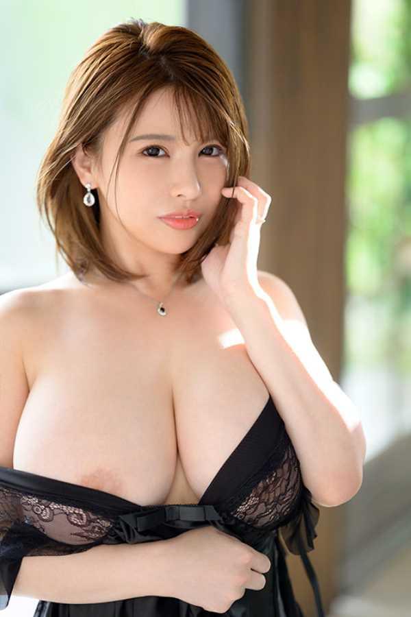 爆乳の人妻 叶愛 セックス画像 8