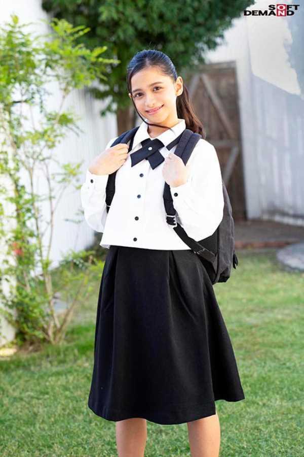 ベトナム美少女 咲田ラン エロ画像 12