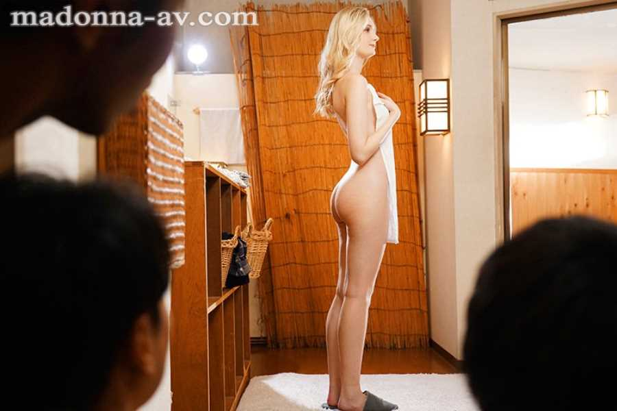 ブロンド美人妻 リリー・ハート エロ画像 3