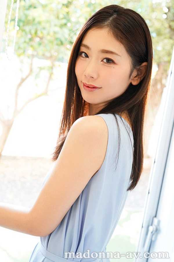 小顔美人妻 小松杏 エロ画像 6