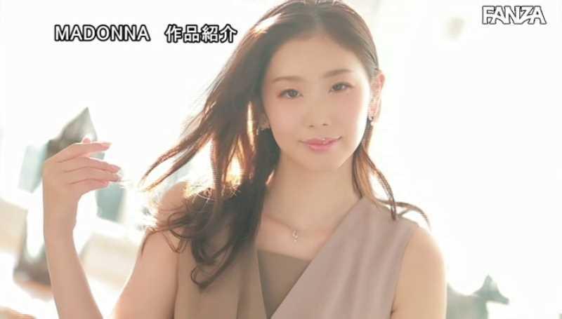 小顔美人妻 小松杏 エロ画像 17