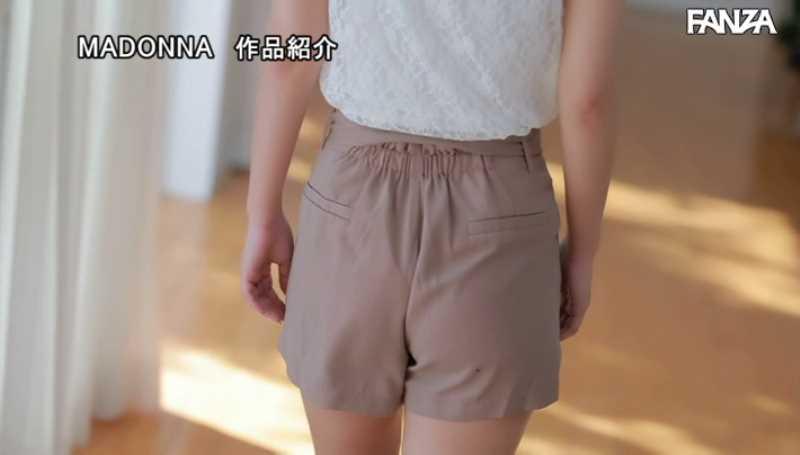 小顔美人妻 小松杏 エロ画像 25