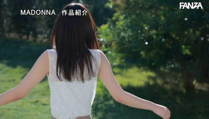 小顔美人妻 小松杏 エロ画像 27