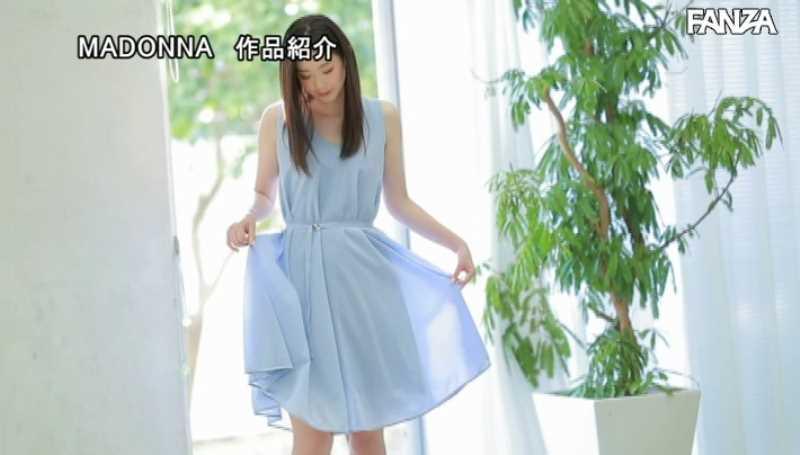 小顔美人妻 小松杏 エロ画像 29
