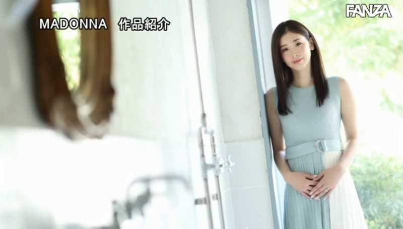 小顔美人妻 小松杏 エロ画像 30