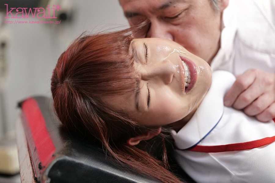 かわいい看護師の院内セックス画像 2