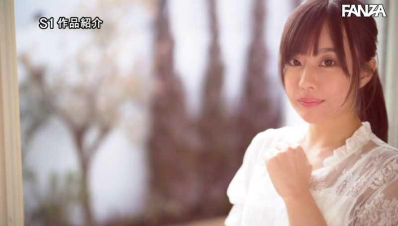 小顔美人 広瀬蓮 エロ画像 36