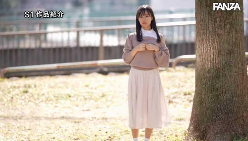 小顔美人 広瀬蓮 エロ画像 42