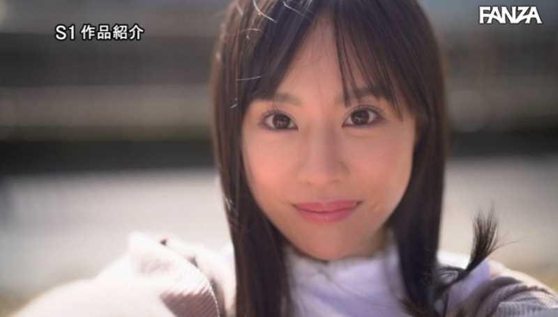 小顔美人 広瀬蓮 エロ画像 45
