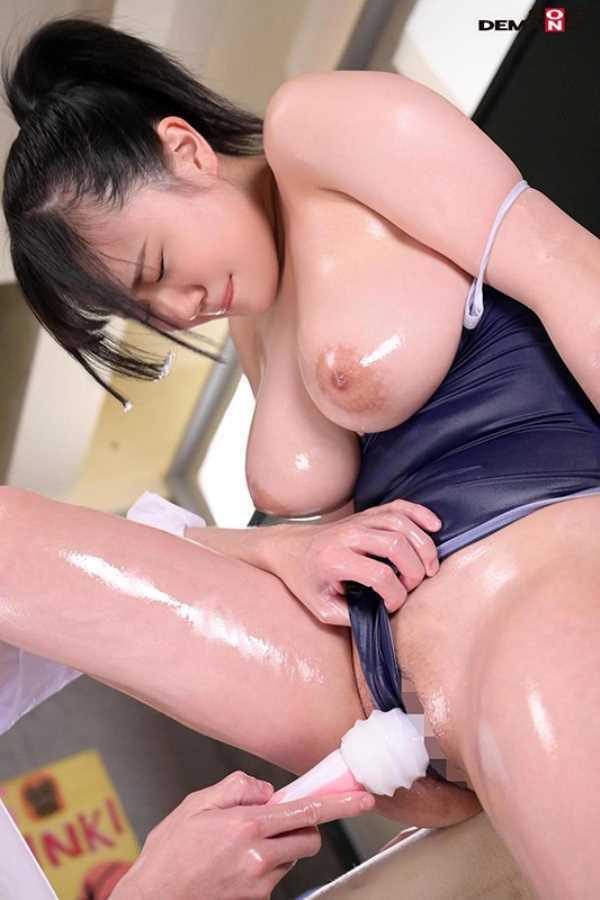 Hカップ女子 高橋りほ エロ画像 7