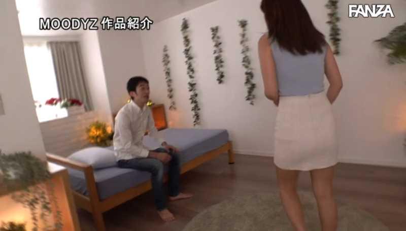 元芸能人 初美ゆりか エロ画像 17