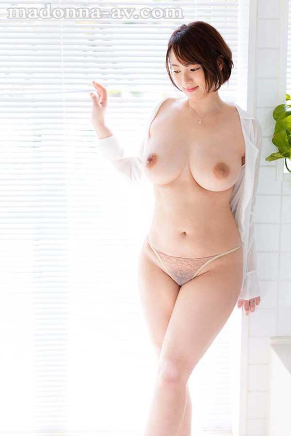 巨乳人妻 佐久間泉 エロ画像 11