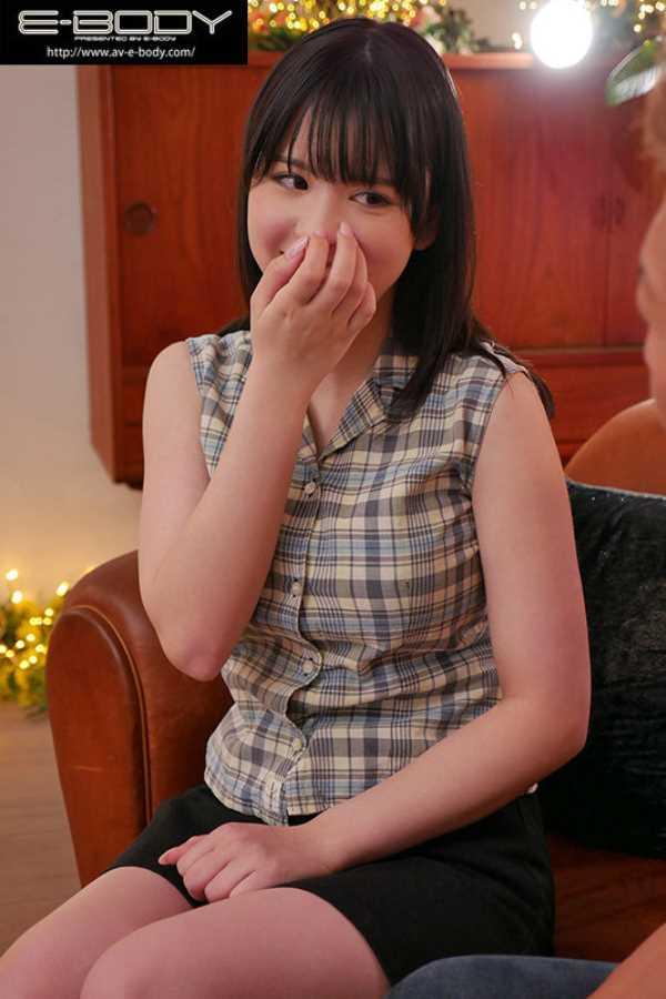 爆乳19歳 希咲アリス エロ画像 10