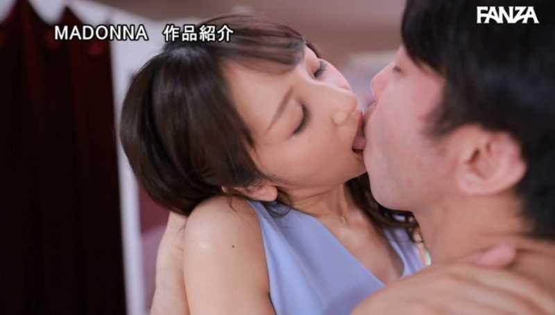 元CAの美人奥様 坂井希 エロ画像 30